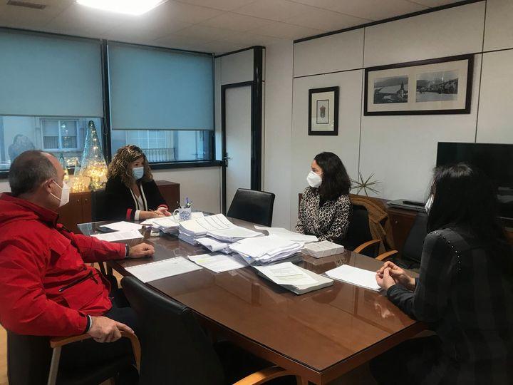 Reunión con el ayuntamiento de Narón para abordar la situación actual y prevenir situaciones futuras